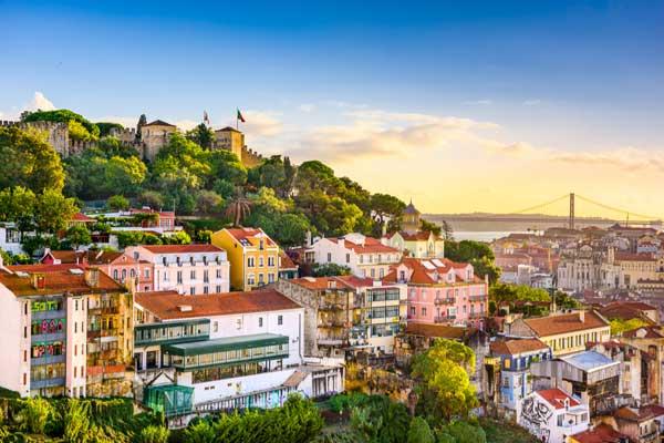 Castel Sao Jorge de vazut in city break Lisabona