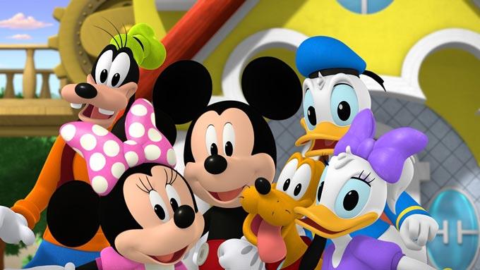 Mickey si pilotii de curse