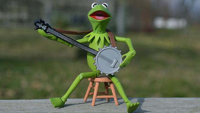 Test greu cu instrumente muzicale