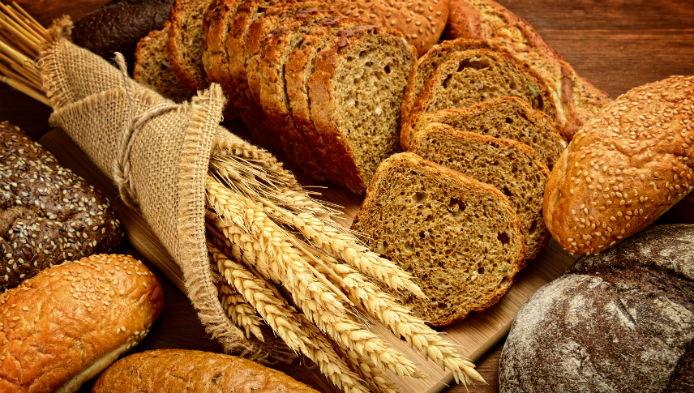 Mamaliga, paine sau lipie?