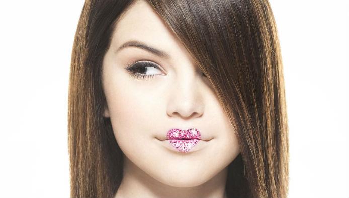 Cat de bine o stii pe Selena Gomez?