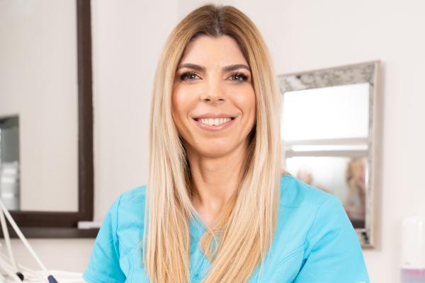 Dr. Denisa Zaharia, medic ortodont